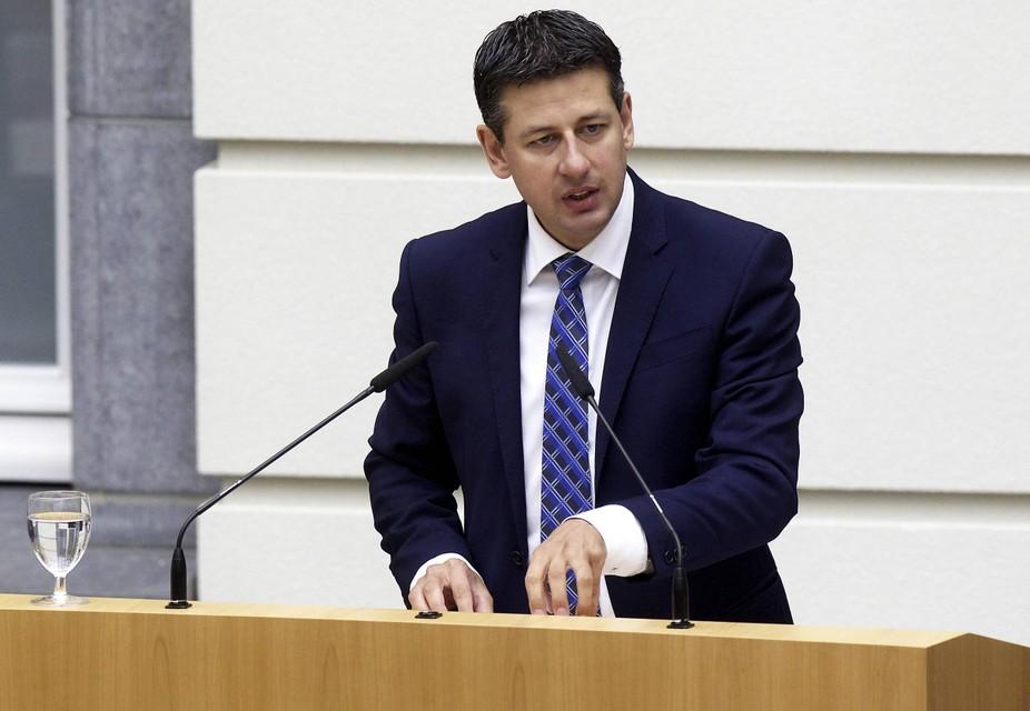 """""""Besparen op de kinderbijslag is onverdedigbaar"""", zegt Vlaams Belang-fractieleider Chris Janssens"""