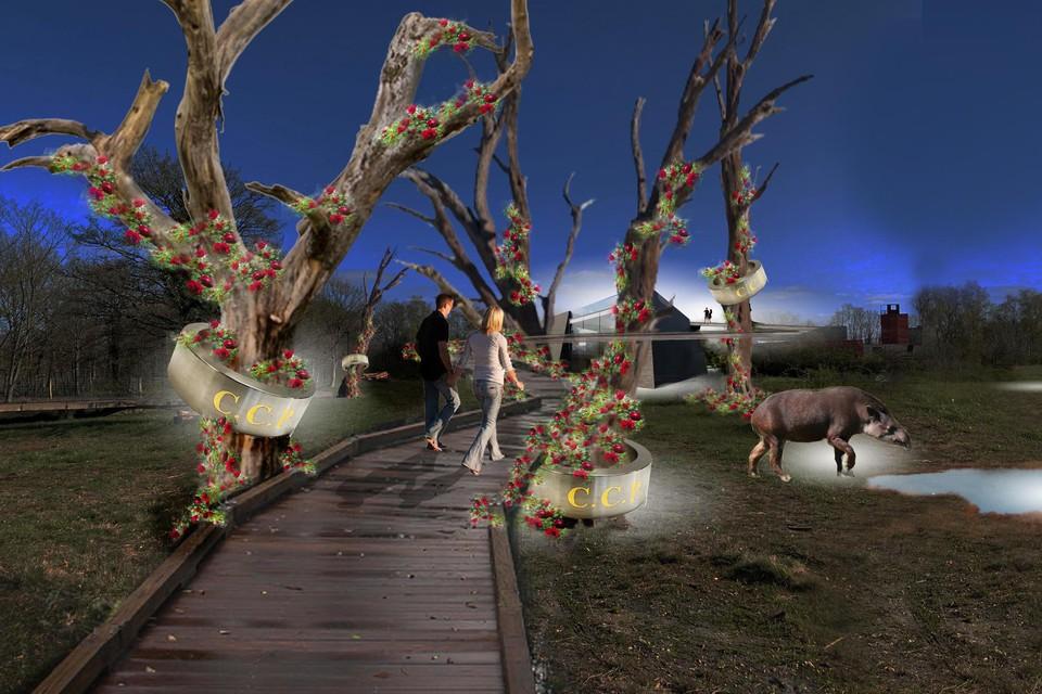 Een pad slingert zich tussen bomen met rozen en door de lucht naar het dak van het gebouw.