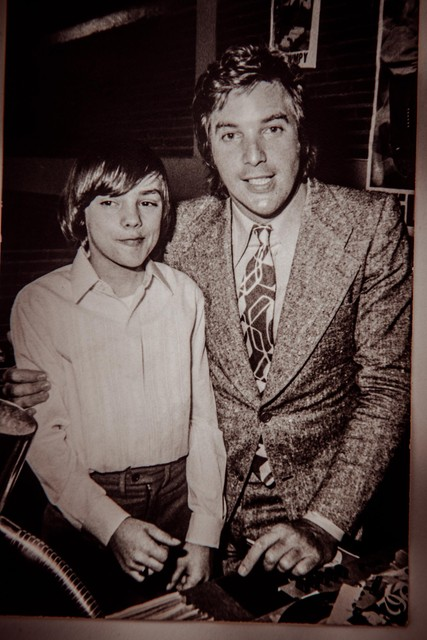 Een jonge Jean Paul Daemen samen met Will Tura.