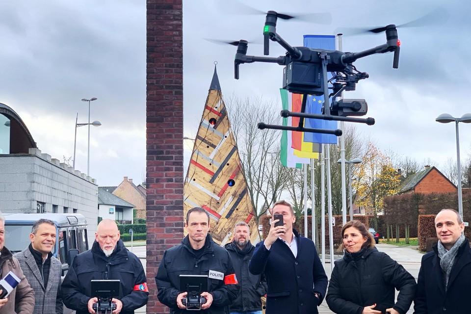 De drones, uitgerust met infraroodcamera, zullen er op toezien dat het samenscholingsverbod niet geschonden wordt. (Foto: een demonstratie in pre-coronatijden).