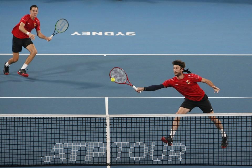 Sander Gillé (r) en Joran Vliegen (l) zijn vaste waardes in het Davis Cupteam.