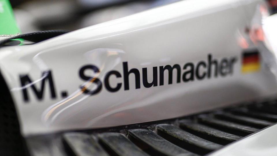 M. Schumacher staat opnieuw op een F1-bolide