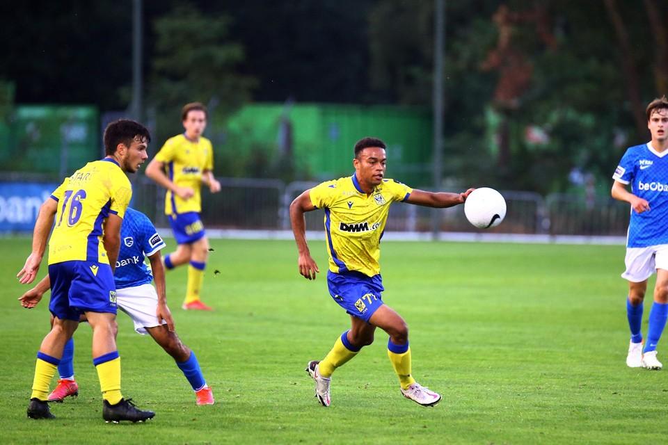 Na eerdere nederlagen tegen KRC Genk en Anderlecht pakten de Kanaries hun eerste punten.