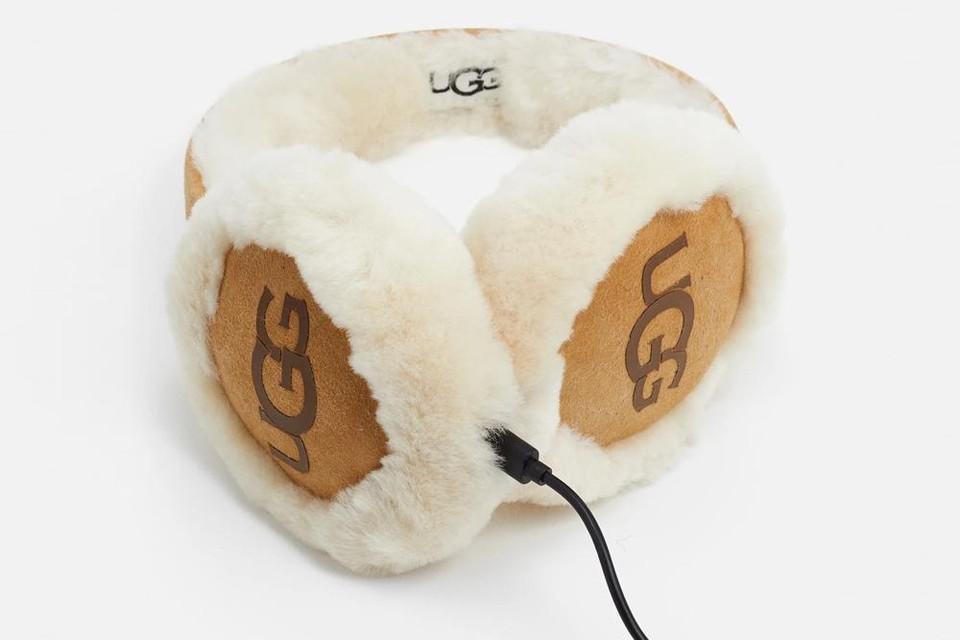 Ugg met ingewerkte koptelefoon - 104,95 euro via Zalando