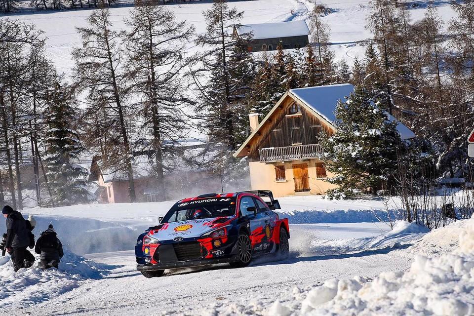 Thierry Neuville test voor de Rally van Monte Carlo, de moeilijkste om te starten met een nieuwe copiloot.