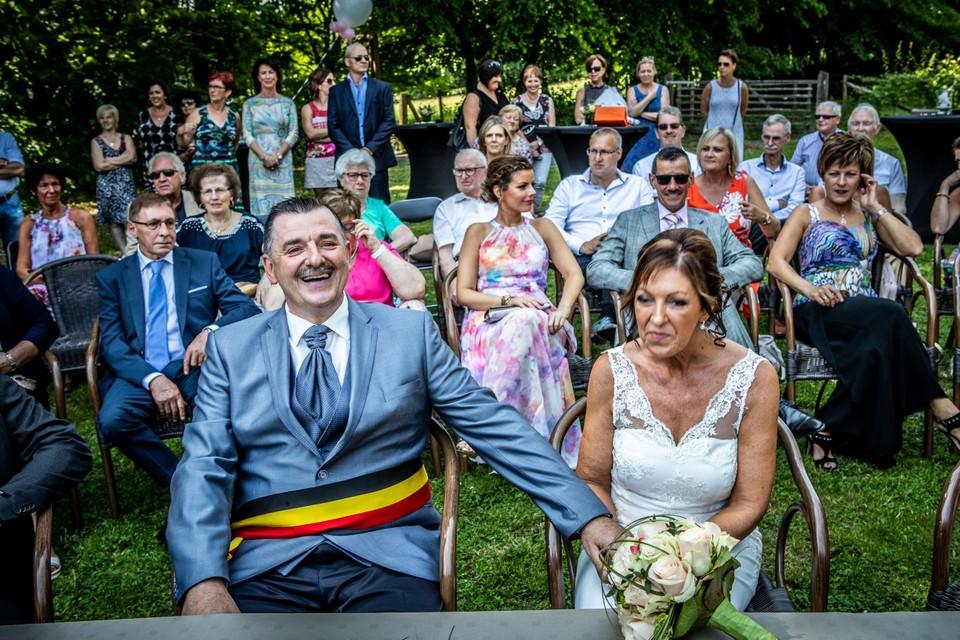 Burgemeester Raskin stapte aan de Kluis van Vrijhern in het huwelijksbootje