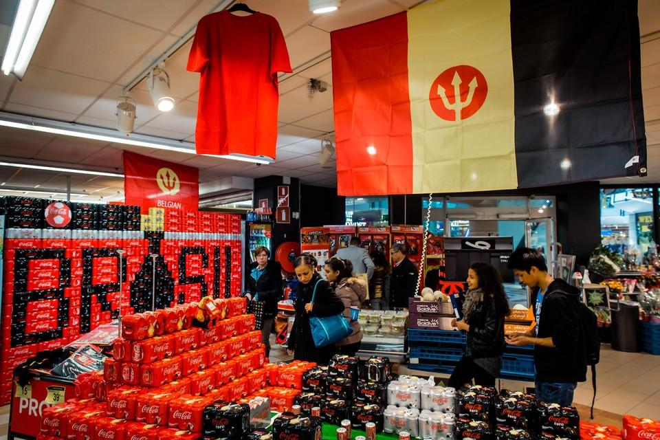 Een beeld uit een supermarkt ten tijde van het WK 2014 in Brazilië, veel uitbundiger dan vandaag.