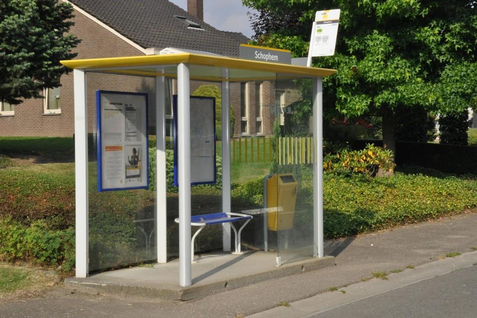 De bushalte van de Lijn in Schophem