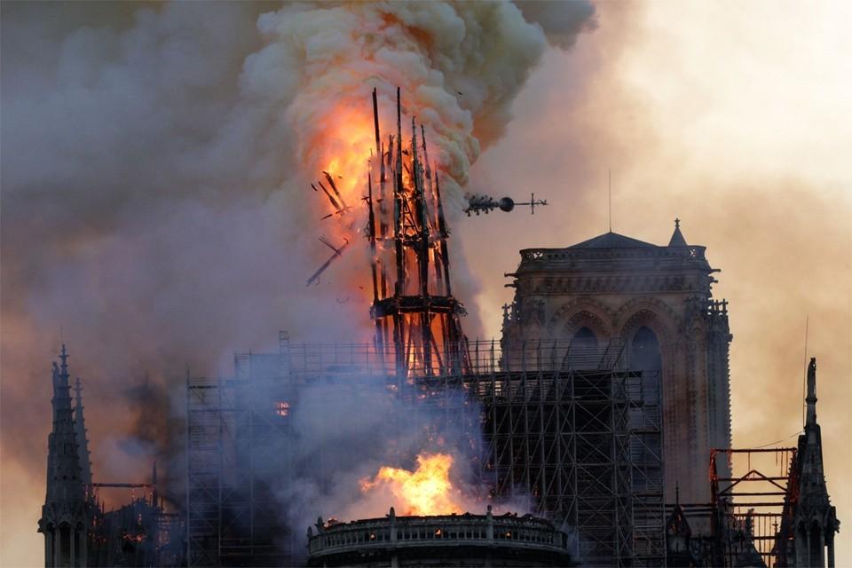 Vorig jaar woedde er een enorme brand in de Notre Dame in Parijs.