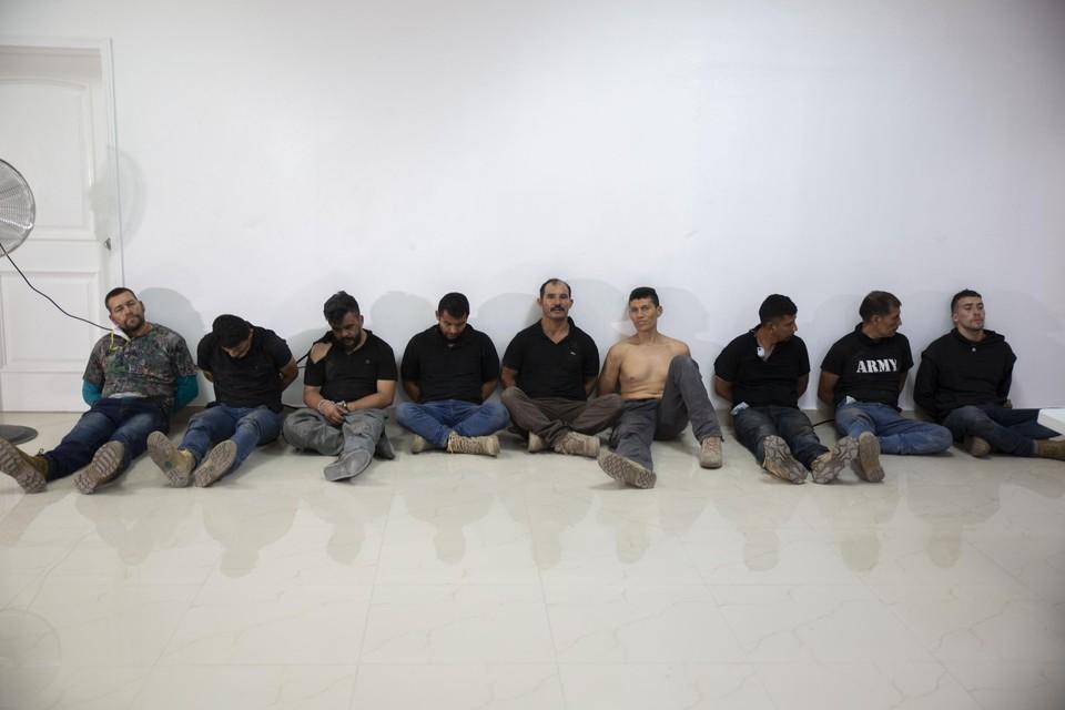 Een aantal van de verdachten, die aan de media werden getoond.