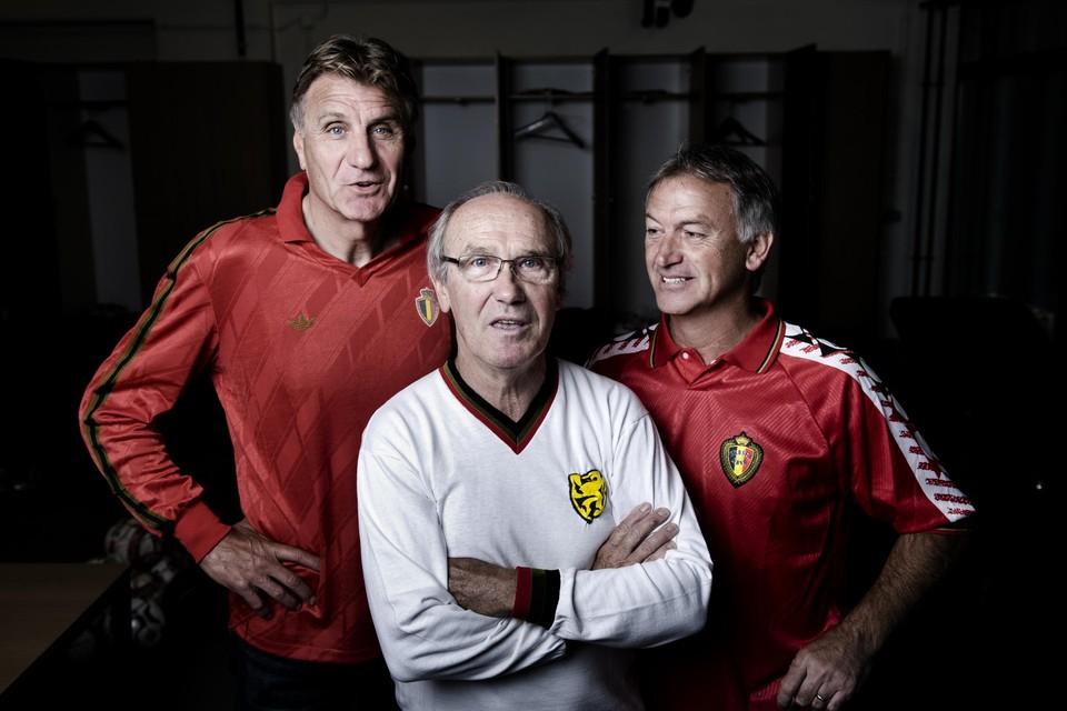 Boezemvriend Jan Ceulemans naast Wilfried Van Moer en Marc Degryse.