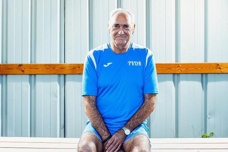Theo Van de Reyd: kopzorgen voor de Ham United-coach.