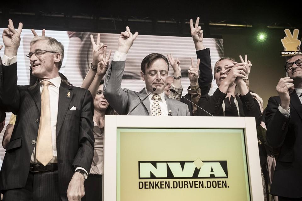 In 2014 bereikte N-VA het toppunt van haar macht. Toch ging de communautaire agenda de koelkast in.