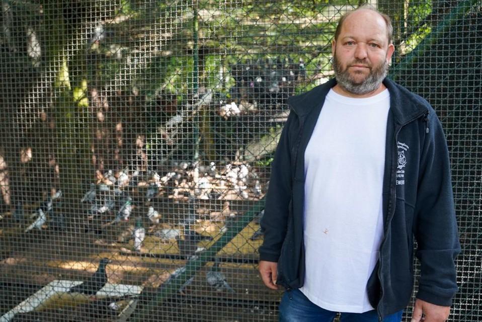 """""""De dieren leefden in erbarmelijke omstandigheden"""", zegt Rudi Oyen."""