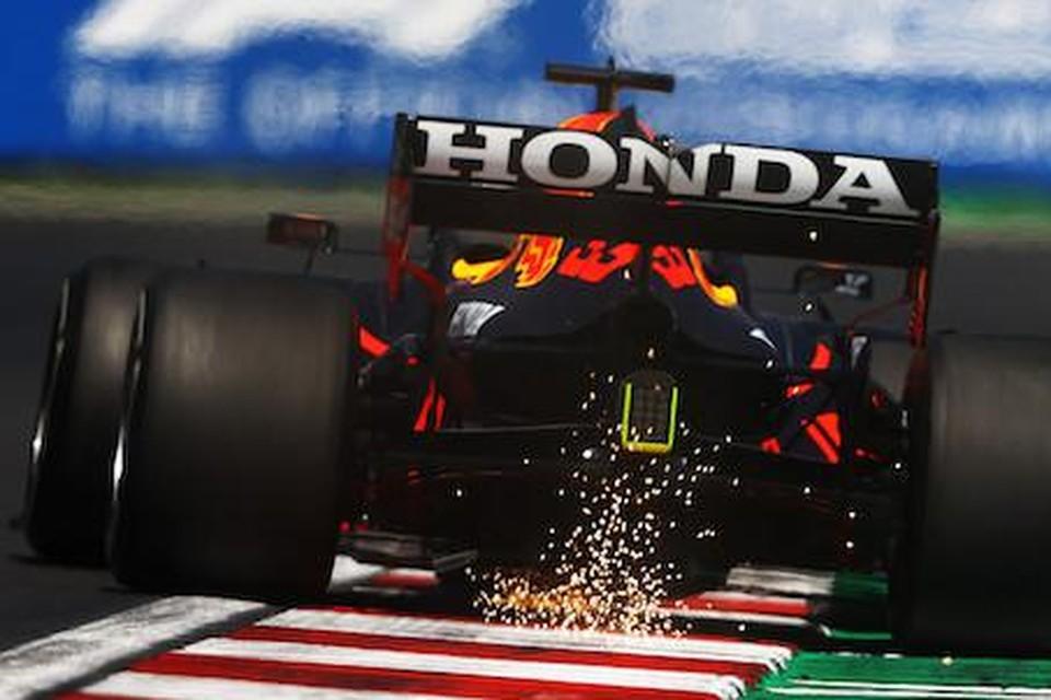 Honda op de achtervleugel van de Red Bull F1-bolide