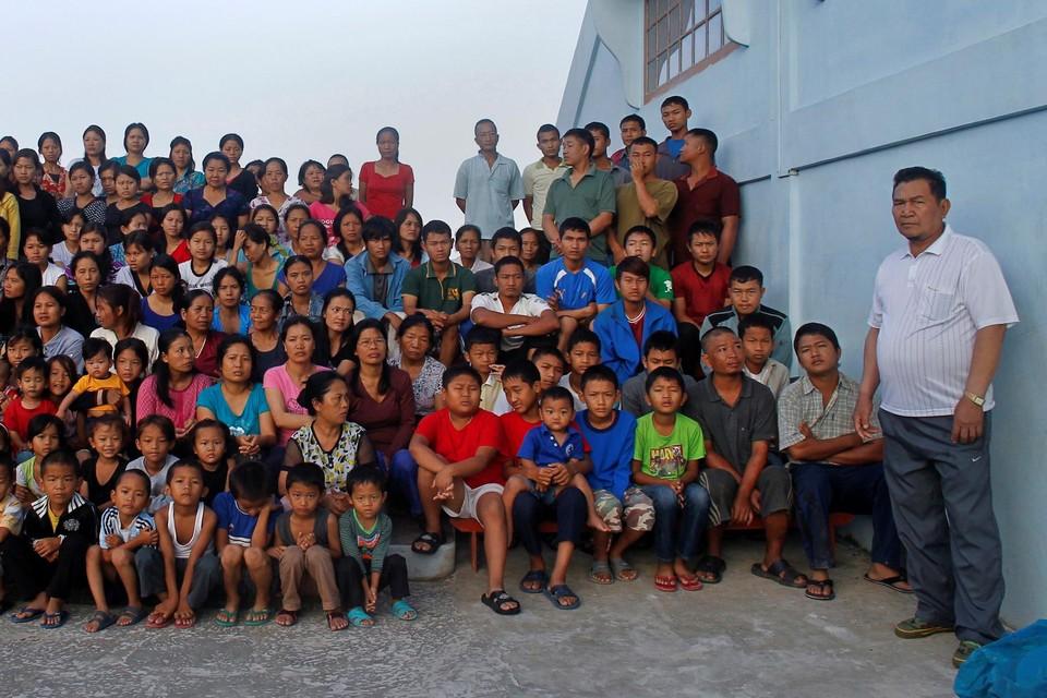 He gezin van Ziona Chana in 2011.