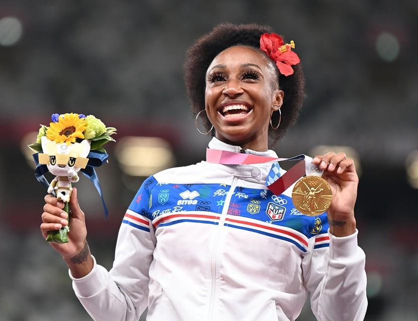 Camacho-Quinn schitterde niet alleen in de finale van de 100 meter horden, maar ook achteraf op het podium.