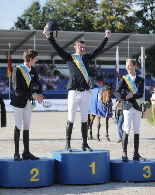 Het podium met Jos Verlooy, Thibeau Spits en Gilles Thomas.