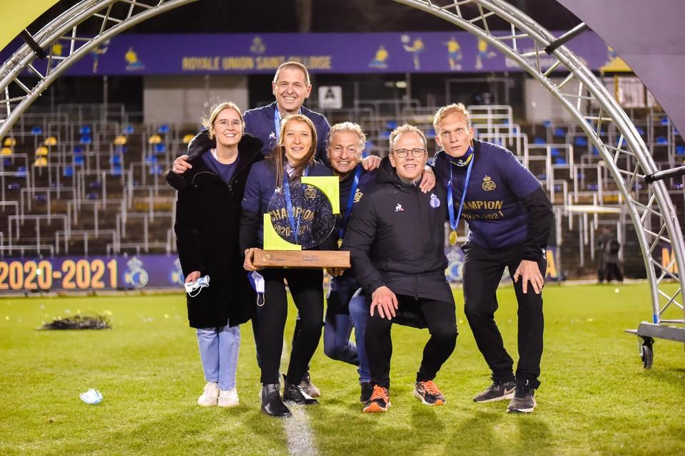 De Limburgse clan bij Union na de kampioenenwedstrijd tegen RWDM afgelopen zaterdag.