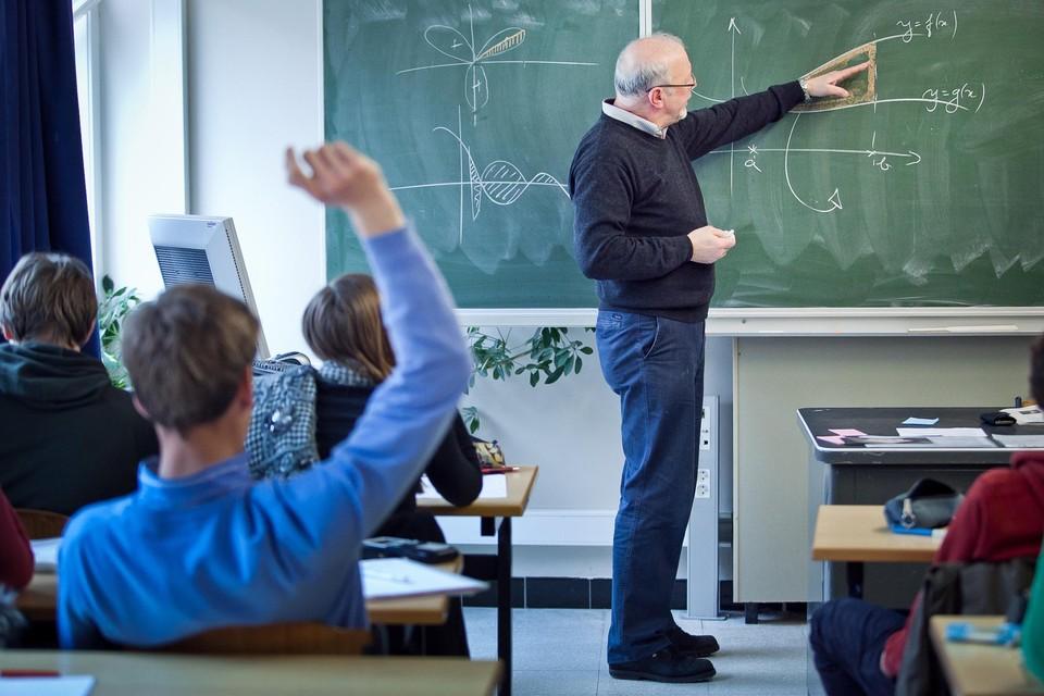 Leerkrachten na hun 65ste aan de slag houden, kan mee helpen in de strijd tegen het nijpende lerarentekort.