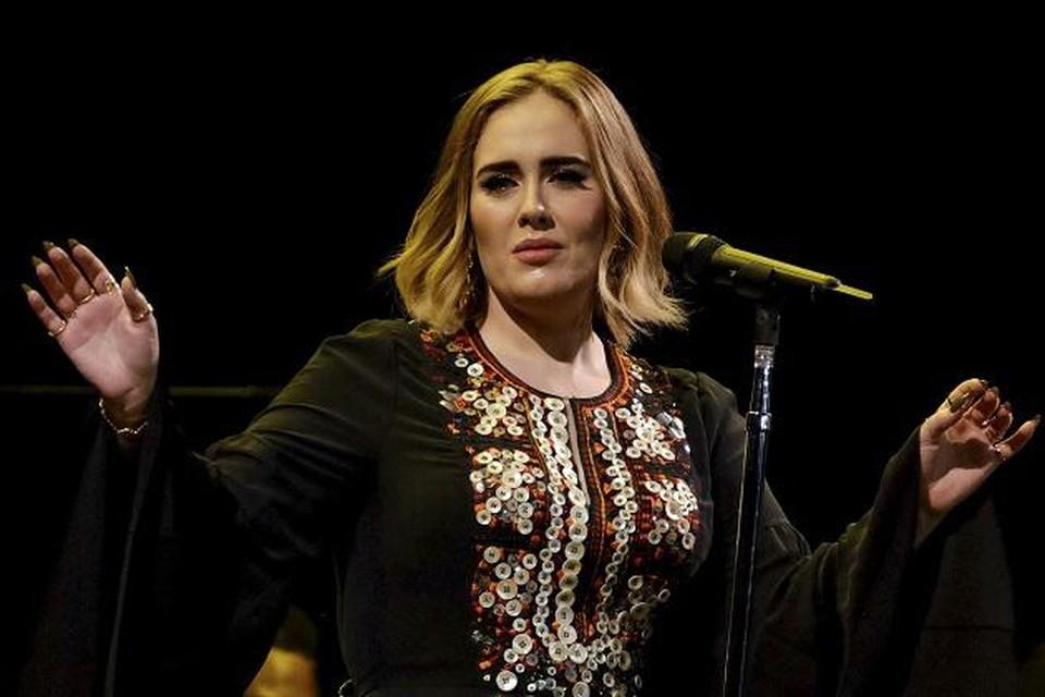 De laatste echte openbare verschijning van Adele dateert al van haar tournee van vier jaar geleden.