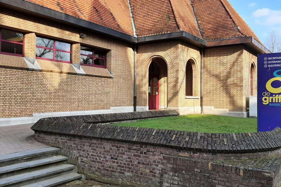 De klassen van de lagere school De Griffel in Eisden Tuinwijk gaan vandaag dicht. De kleuters mogen wel nog naar school.