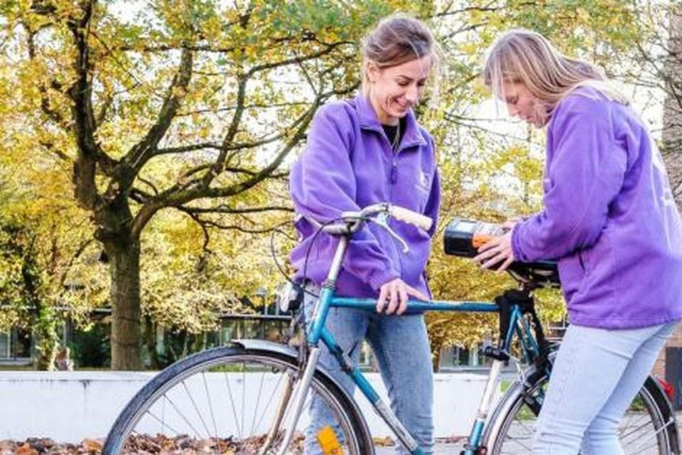 Je kunt binnenkort gratis je fiets laten graveren aan De Bammerd.