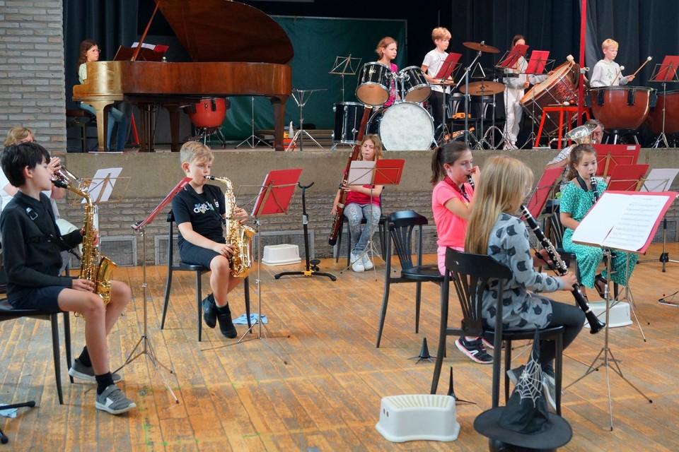 Kinderen tussen 6 en 18 jaar kunnen de zomervakantie op een muzikale manier afsluiten in Heers.