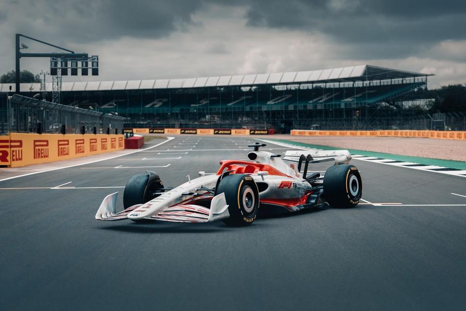 Met deze bolide wordt het volgend jaar makkelijker inhalen in de F1. Dat is alvast de bedoeling.