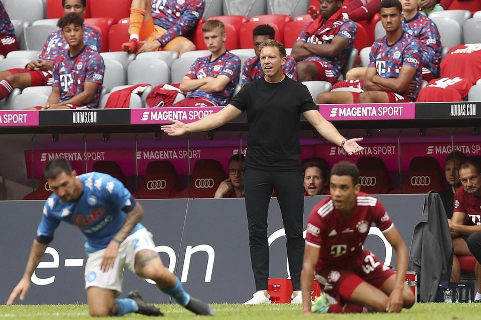 Coach Julian Nagelsmann in de match tegen Napoli.