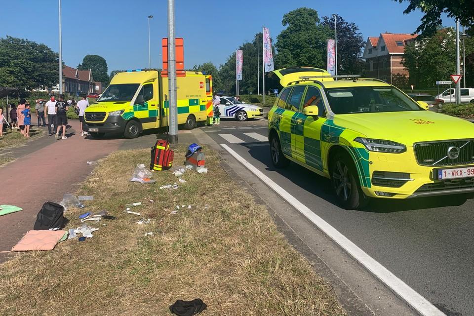 Het slachtoffer werd ter plaatse verzorgd en nadien overgebracht naar het ziekenhuis.