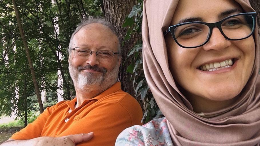 Links: Saudische dissident Jamal Khashoggi.