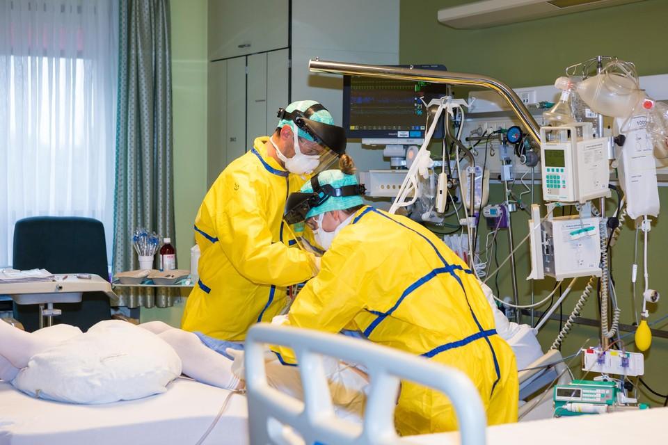In Jessa in Hasselt is het aantal Covid-patiënten op intensieve in enkele dagen gestegen van 10 naar 15.