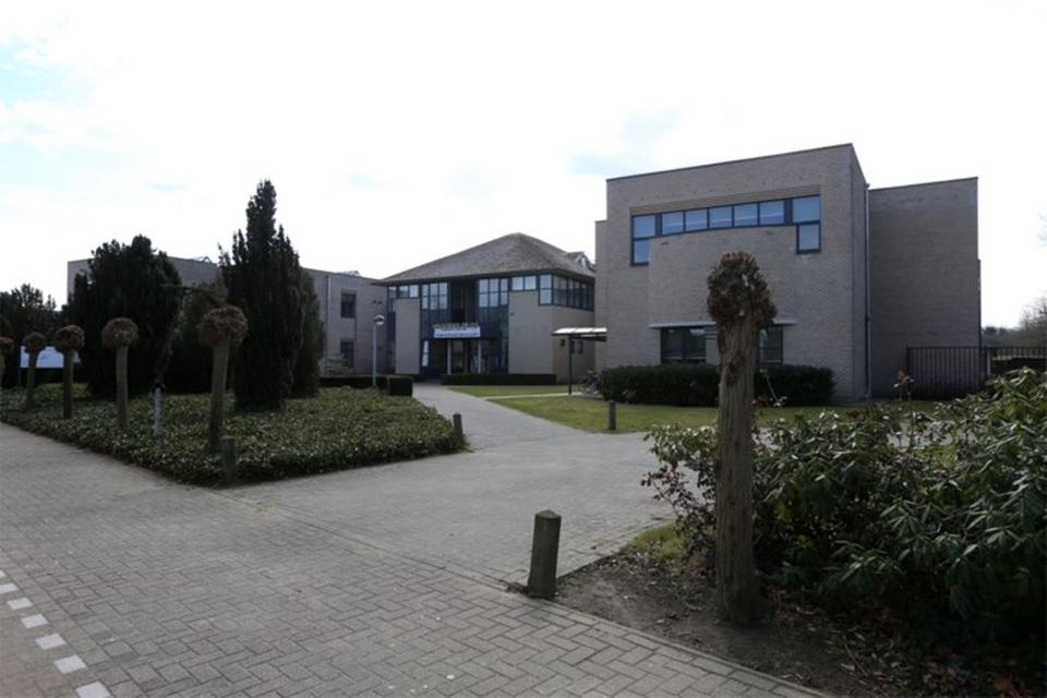 De zeven leerlingen zijn verspreid over vier klassen in drie Breese scholen: Middenschool Heilig Hart (foto), Sint-Augustinusinstituut Bree en TISM.