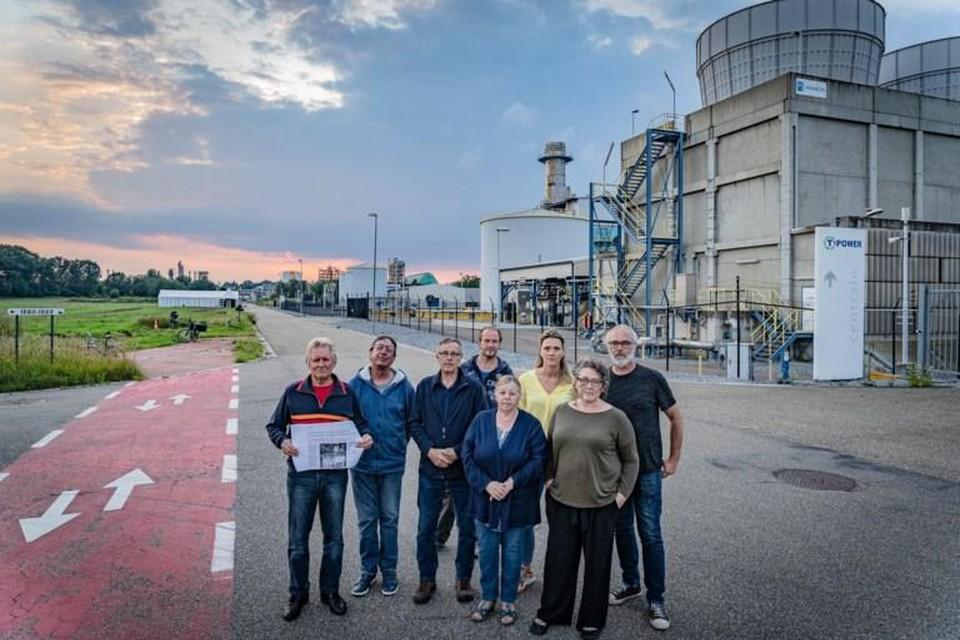 Links op de foto is de plaats waar de nieuwe gascentrale gepland is. Rechts is de huidige T-Power centrale op het industrieterrein Schoonhees in Tessenderlo.
