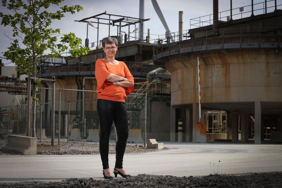 """Inge Schildermans, CEO van Nyrstar België: """"Deze gebouwen mogen misschien oud lijken, binnenin speelt zich een hoogtechnologisch wonder af."""""""