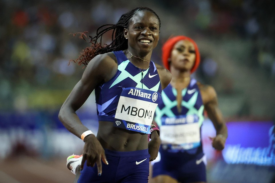 De Mozambikaanse youngster Christine Mboma won in 21.84.