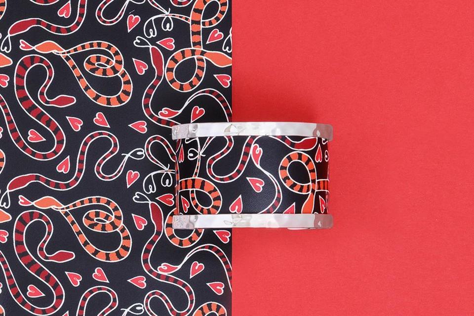 Kunstige armband met hartjes - Les Georgettes - 119 euro
