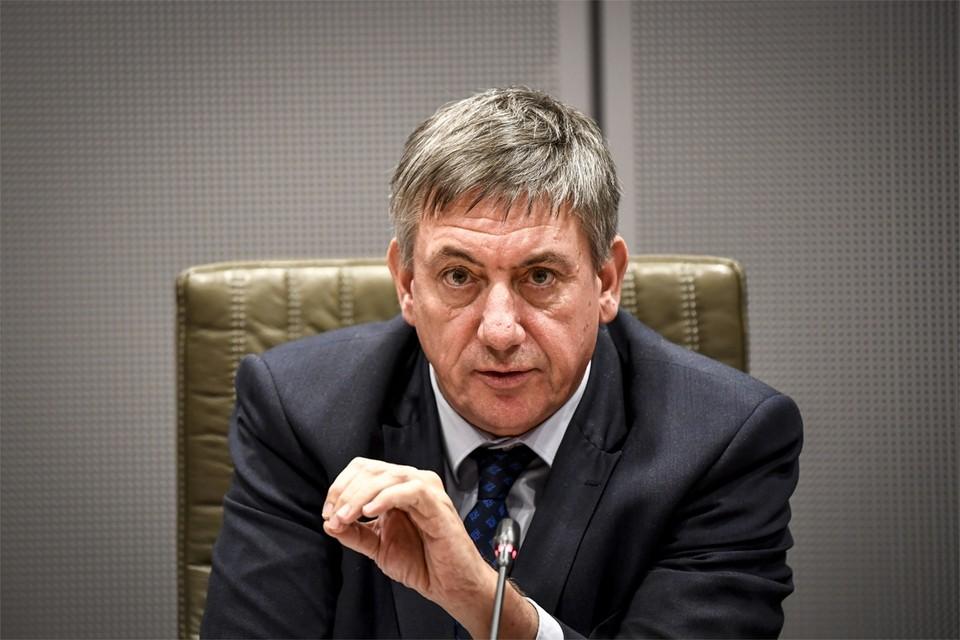 Het doemscenario dat Vlaams minister-president Jan Jambon (N-VA) woensdag schetste over onze bedrijven, groot én klein, bezorgde kippenvel.