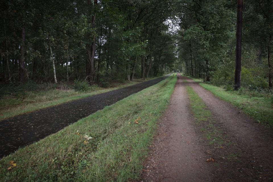 """Toerisme Limburg, gemeente Oudsbergen en Nationaal Park Hoge Kempen presenteren de Geuzenbaan als """"een historische doorgang."""" Maar klopt dat wel?"""