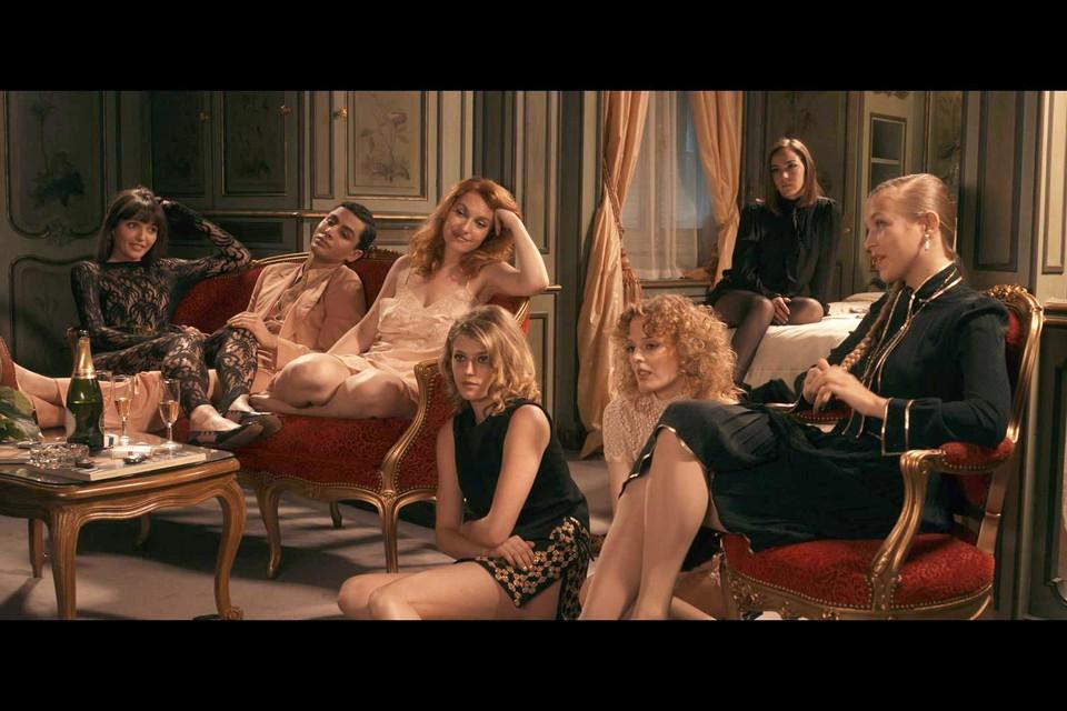 Madame Claude was zeer veeleisend: slechts één op de twintig meisjes werd effectief 'gerekruteerd'.