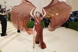 thumbnail: Het Braziliaanse model Valentina Sampaio.