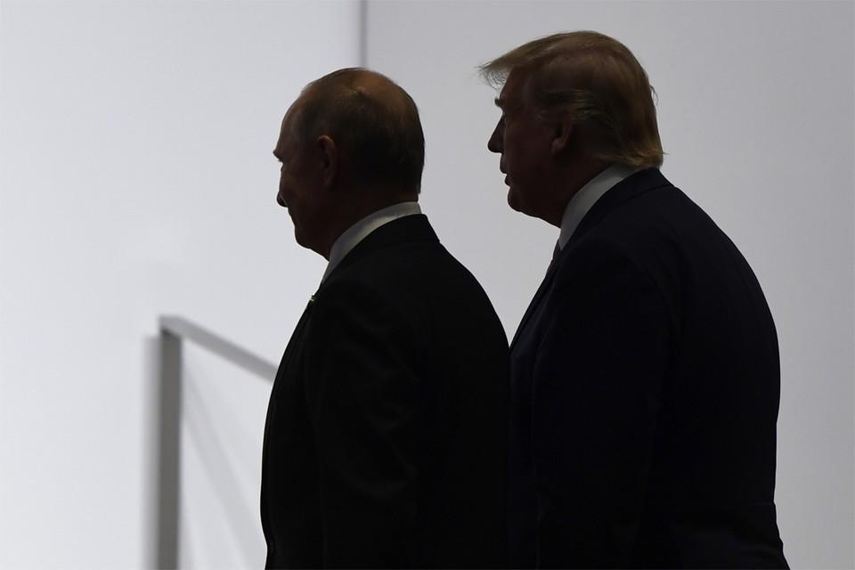 De Russische president Vladimir Poetin en zijn Amerikaanse tegenhanger Donald Trump in betere tijden, namelijk juni, 2019.