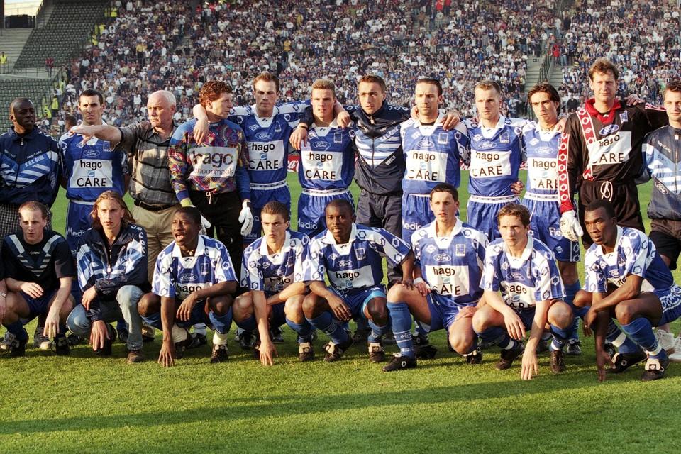 KRC Genk, met een geschorste Branko Strupar in training, voor de bekerfinale tegen Club Brugge in 1998.