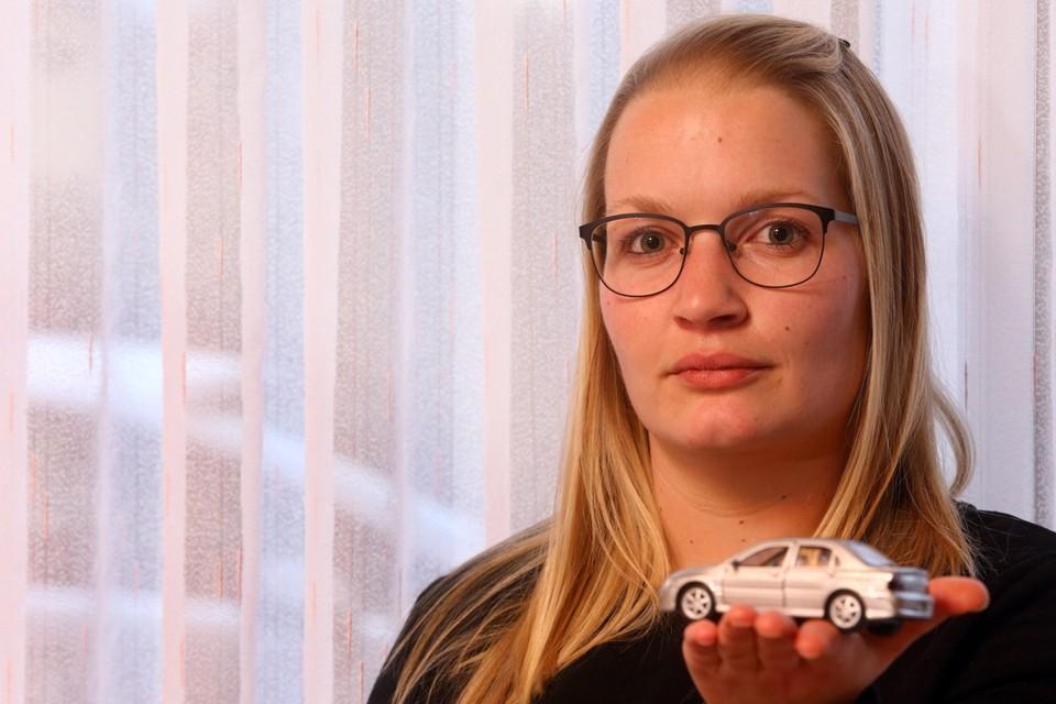 """Joëlle Vossen: """"Ze hadden toch wel eerst contact kunnen opnemen voor de auto vernietigd werd?"""""""