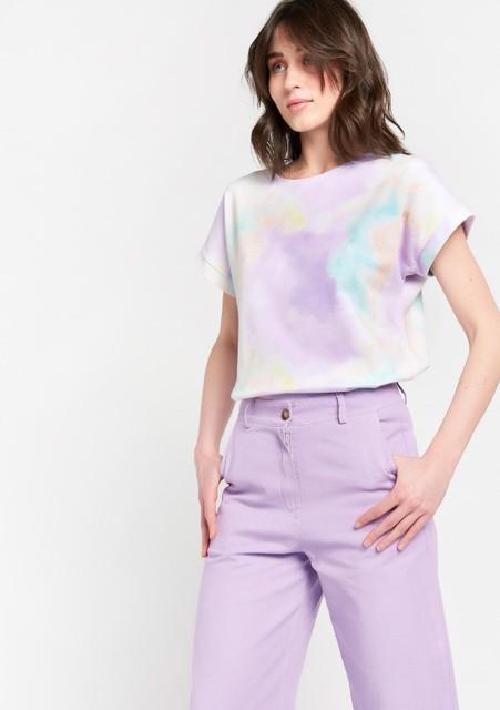 Shirt, 19,99 euro. Broek, 49,99 euro.
