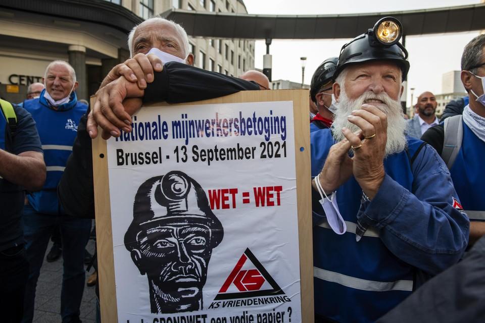Door de massale aanwezigheid van mijnwerkers, volksvertegenwoordigers van verschillende partijen en vakbondssecretarissen heeft de KS Vriendenkring in Brussel haar punt gemaakt.