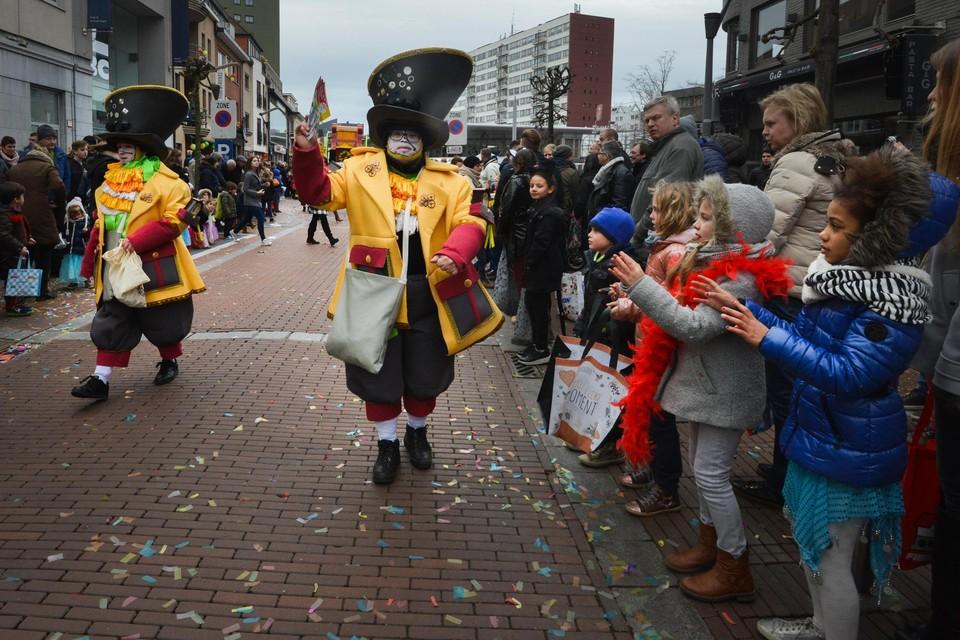 De opening van het nieuwe carnavalsseizoen is afgelast, of de stoet tijdens het Krokusverlof kan uitrijden is erg twijfelachtig.
