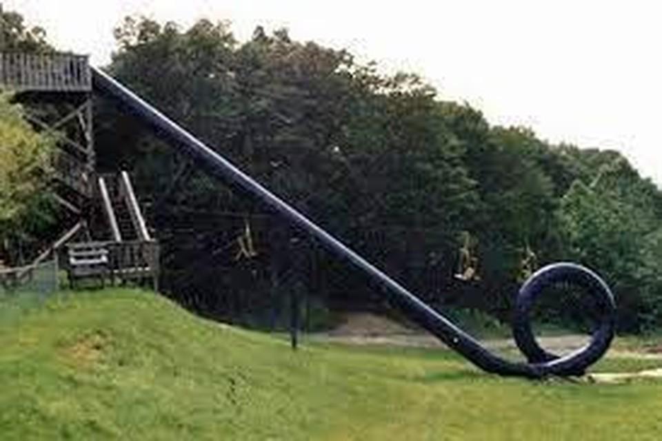Een 'attractie' in Action Park.
