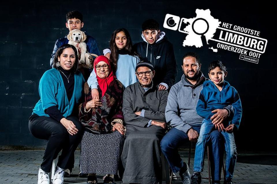"""Bij de familie Ait Addi leven drie generaties onder hetzelfde dak. """"Een woonzorgcentrum is taboe in de Marokkaanse cultuur."""""""